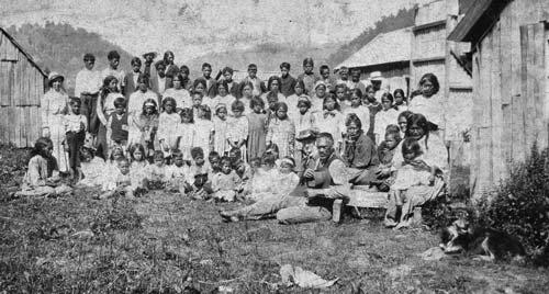 Ngā mihana Perehipitiriana Māori: te kura o Ruatāhuna