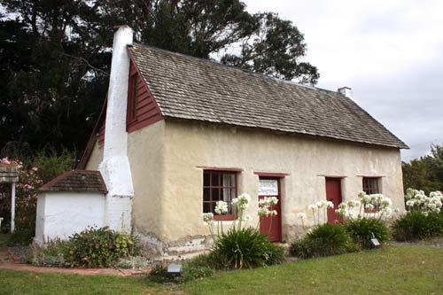 Cob cottage, Riverlands