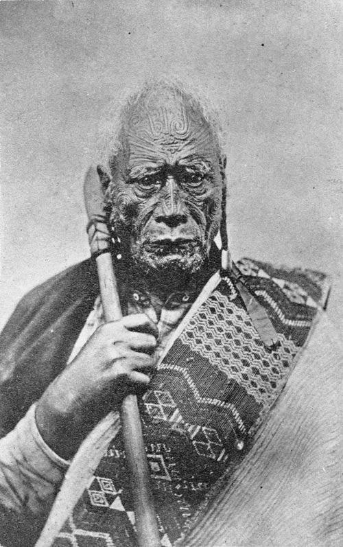 Non-signing chief Tāraia