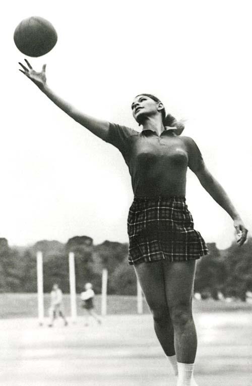Joan Harnett