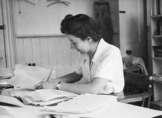 Janet Wilkinson at work, 1940s