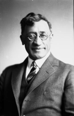 Kingi Te Ahoaho Tahiwi, about 1935