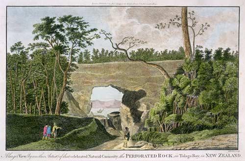Arched rock, Tolaga Bay