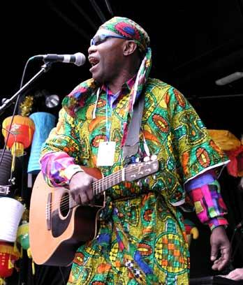 Congolese musician Sam Manzanza, Wellington, 2003
