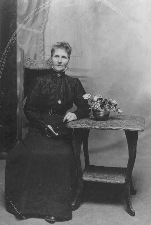Fanny Osborne, about 1914