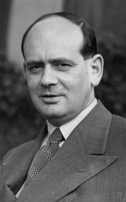 George Douglas Robb, 1940