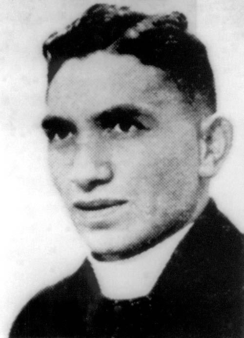 Wiremu Hākopa Toa Te Āwhitu as a young man