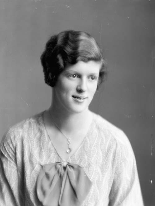 Julia Nannie Wallace, 1933