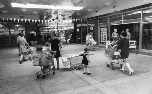Johnsonville Mall, 1973