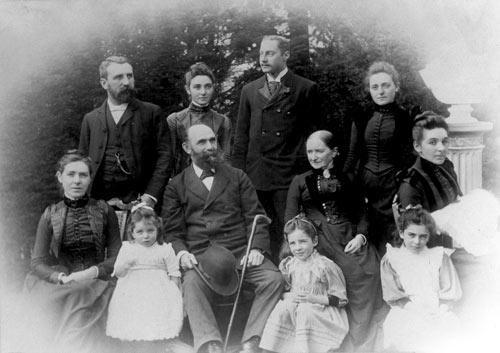 Bendix Hallenstein and family
