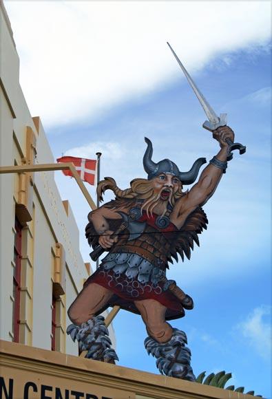 Viking sign, Dannevirke