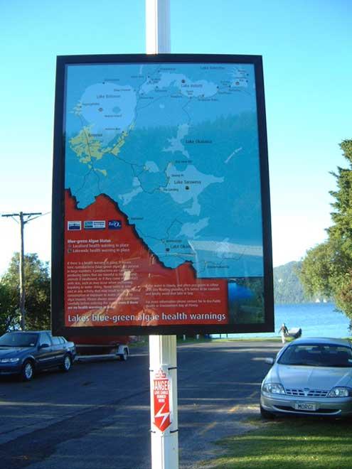 Lake Rotorua health warning