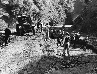 Road construction around 1930