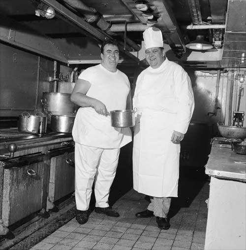 Ship's cooks