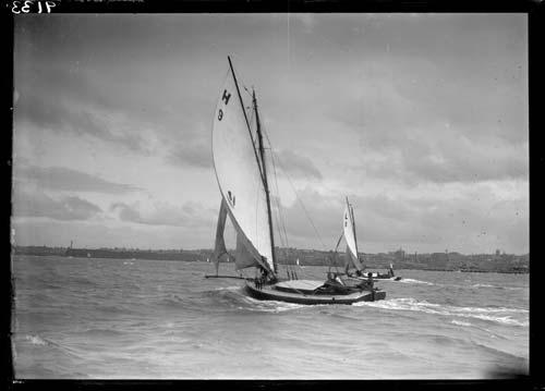 Omatere mullet boat