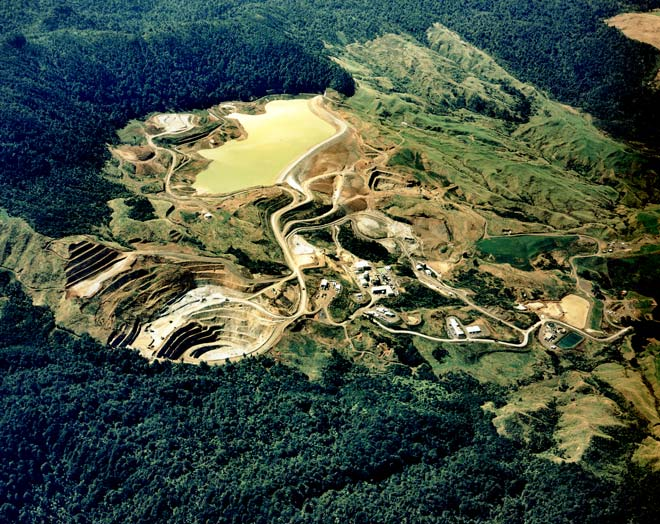 Golden Cross mine, 1995