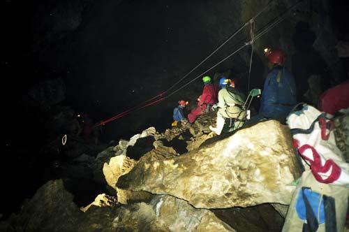 Bulmer Cavern rescue