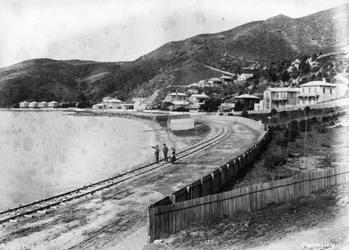 Early Oriental Bay