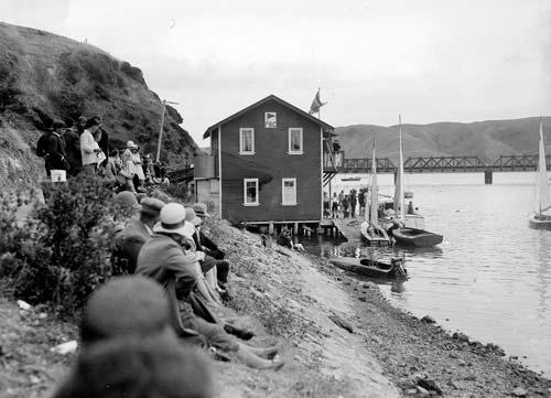 Early regatta
