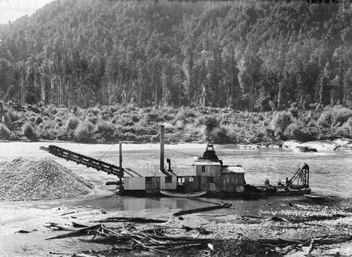Gold dredge on the Buller River