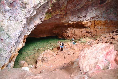 Rautapu cave