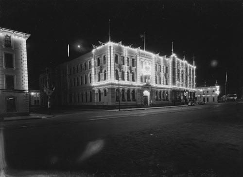 Levin building, 1954