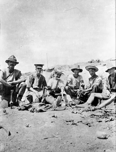 ANZAC comradeship