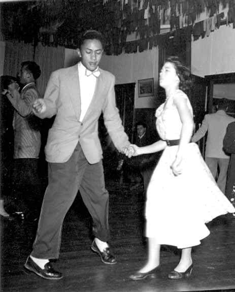 Māori couple, Wellington, 1950s