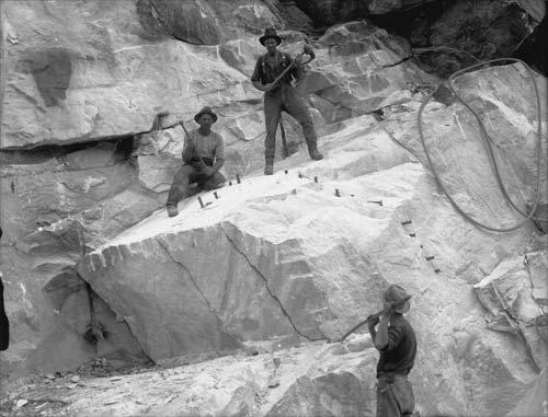 Quarrying Tākaka marble